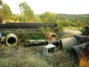 Sversamenti rifuti nei pressi del lago artificiale nel comune di Ceraso (Sa)
