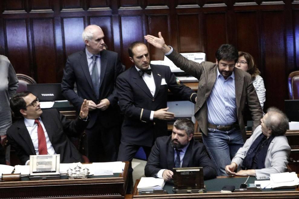 angelo tofalo bagarre in parlamento
